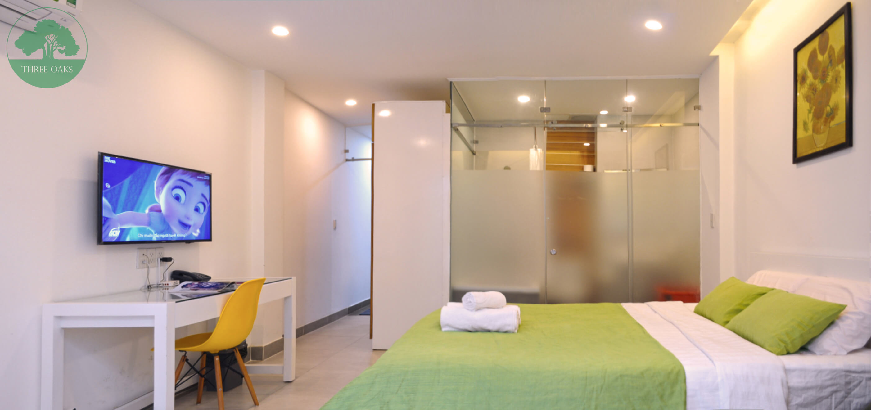 serviced-aparment-room-for-rent-saigon-One-bedroom-with-Small-backyard-10