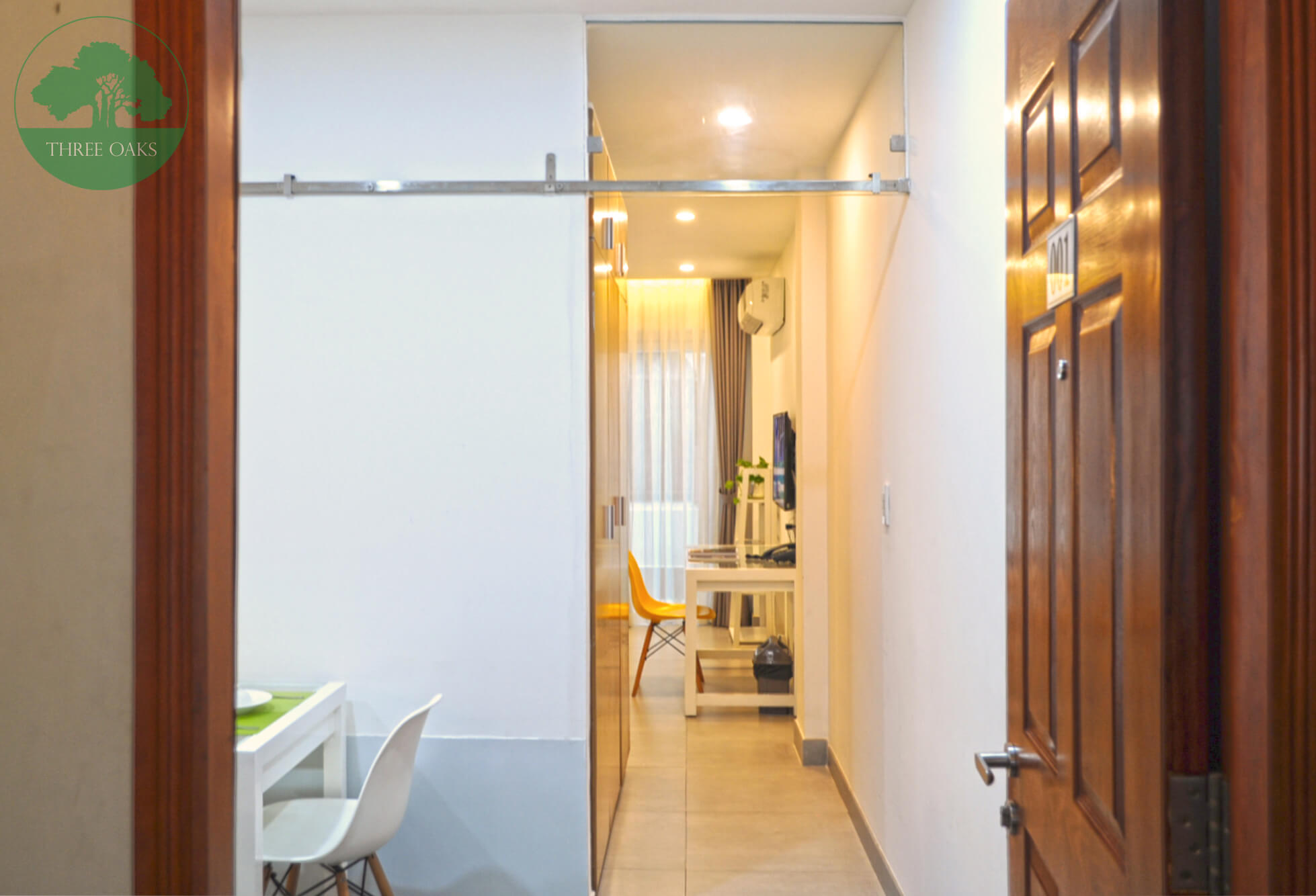 serviced-aparment-room-for-rent-saigon-One-bedroom-with-Small-backyard-7