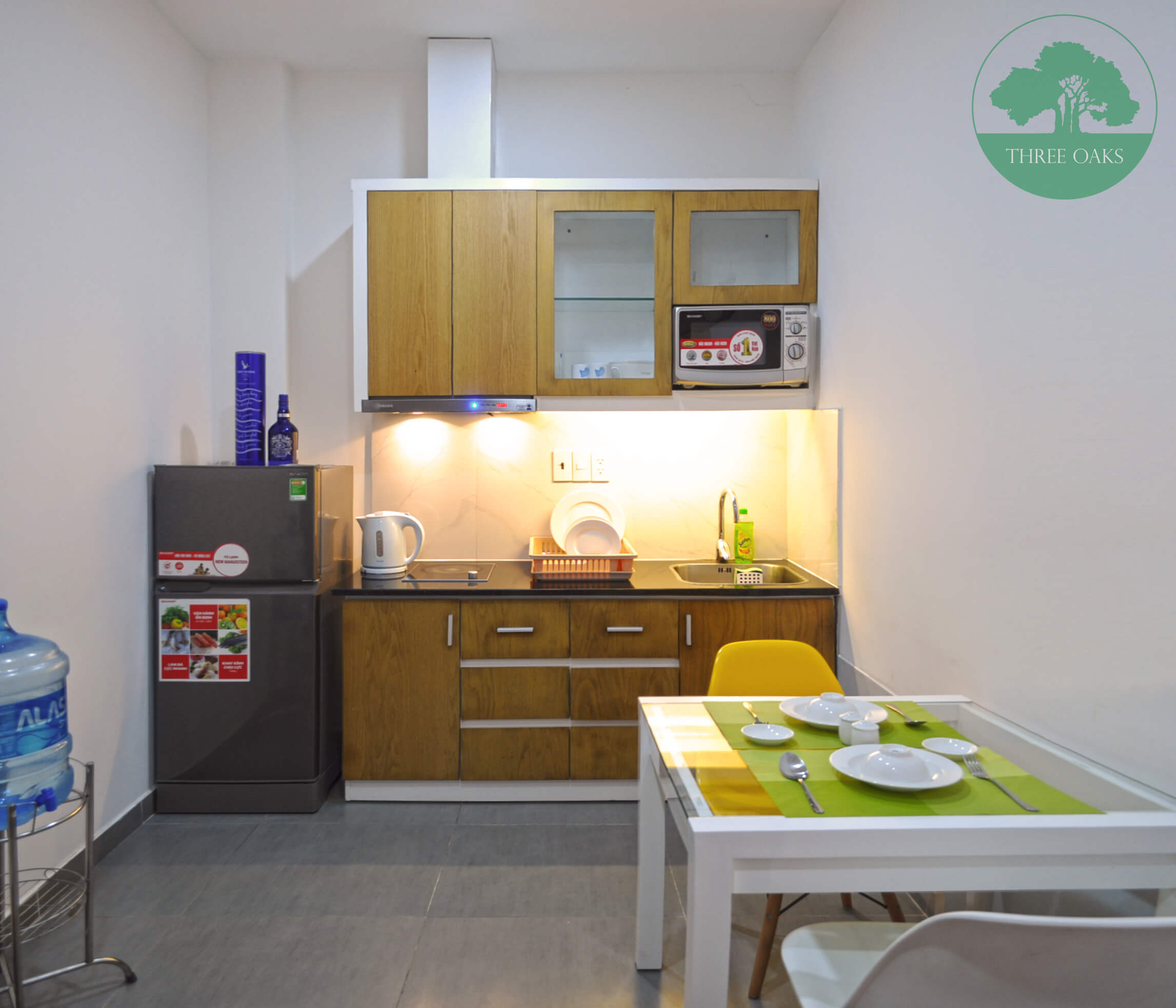 serviced-aparment-room-for-rent-saigon-One-bedroom-with-Small-backyard-9